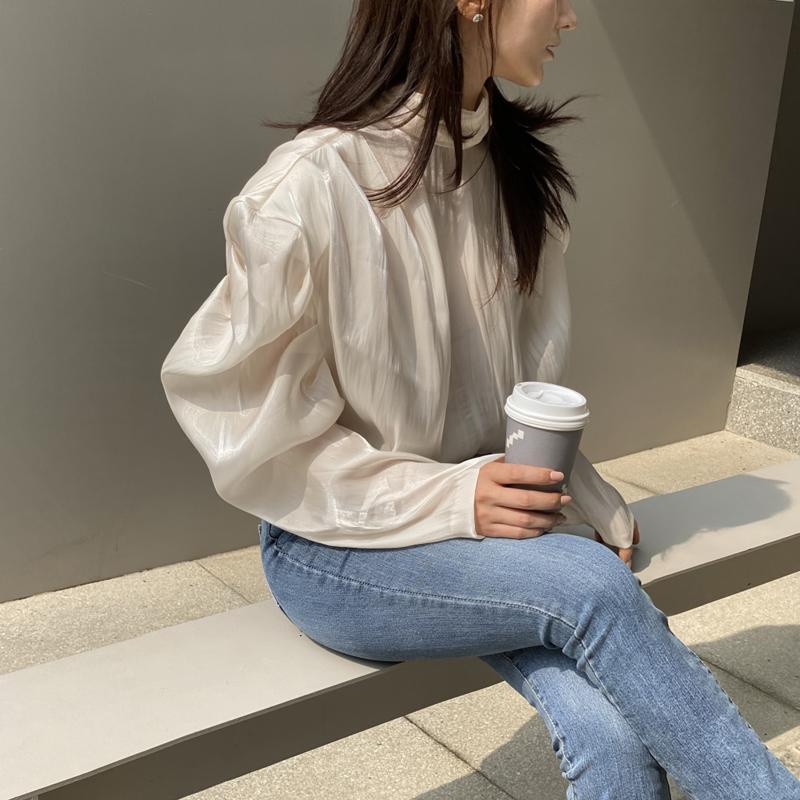 [韓国レビュー]輝く服です!!