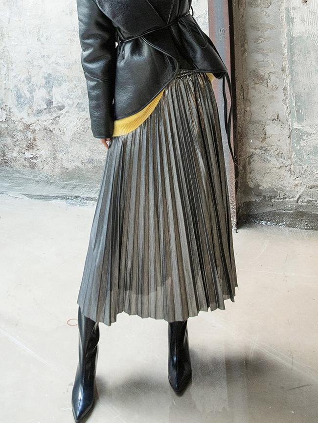 SK1983 ロエナシャインプリーツスカート