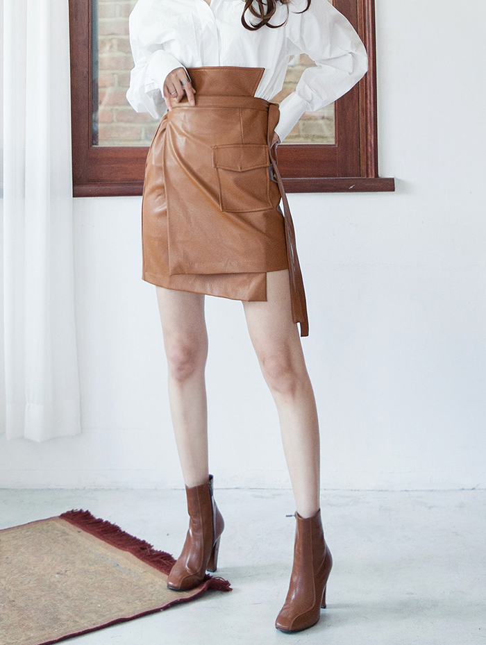 SK1943クリーンレザーアンバランスラップスカート韓国